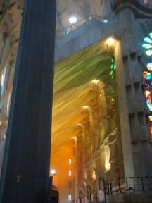 La Sagrada Glass Effect